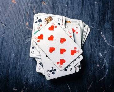 cards-4045610_640